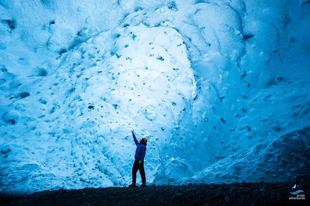 Crystal-Ice-Cave-Skaftafell-Vatnajokull-Iceland
