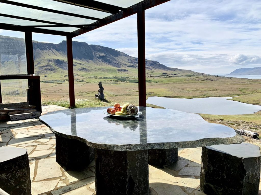 luxury hilltop lodge near Reykjavik in Iceland for wedding venue